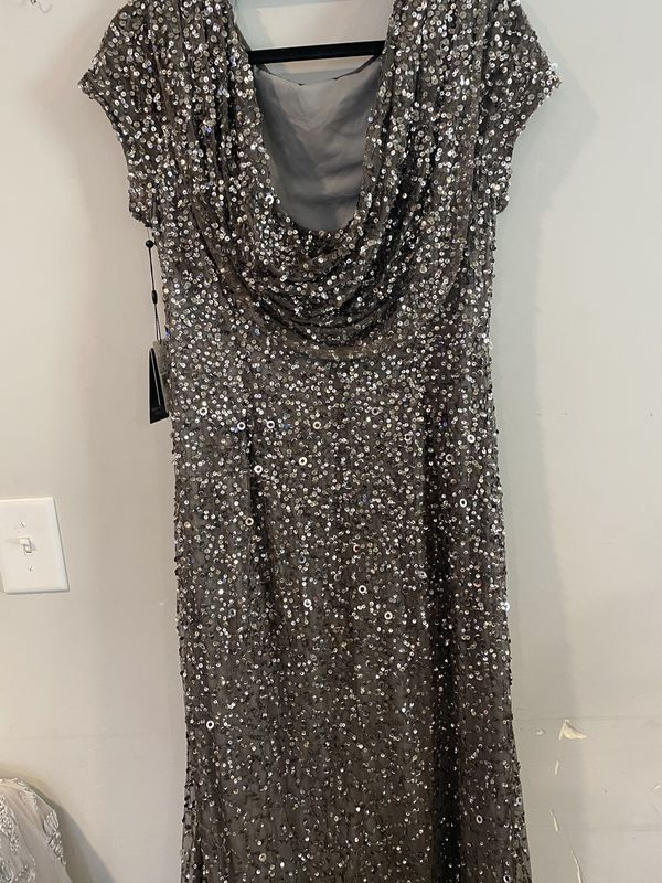 Selection Of Nwt Adrianna Papell Designer Dresses For Sale In Bloomingdale Il Offerup In 2020 Designer Dresses Dresses For Sale Fashion