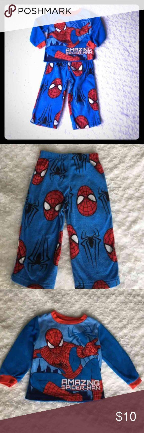 Spiderman Fleece Pajamas Spiderman Fleece pajama set. Worn once. From smoke free and pet free home. Pajamas Pajama Sets