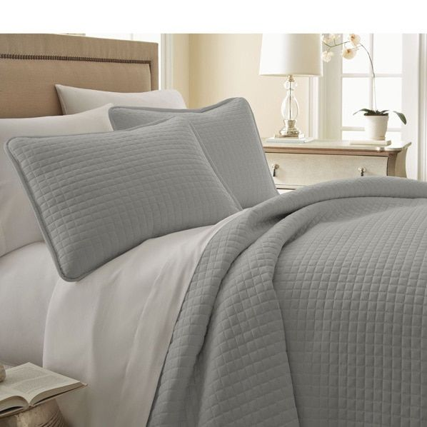 Southshore Fine Linens Oversized 3-piece Quilt Set Size King/cal-king in
