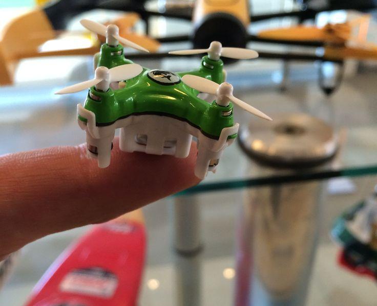 Verdens PT mindste drone. 22 mm fra rotor til rotor Color Quad XS #rcfun.dk