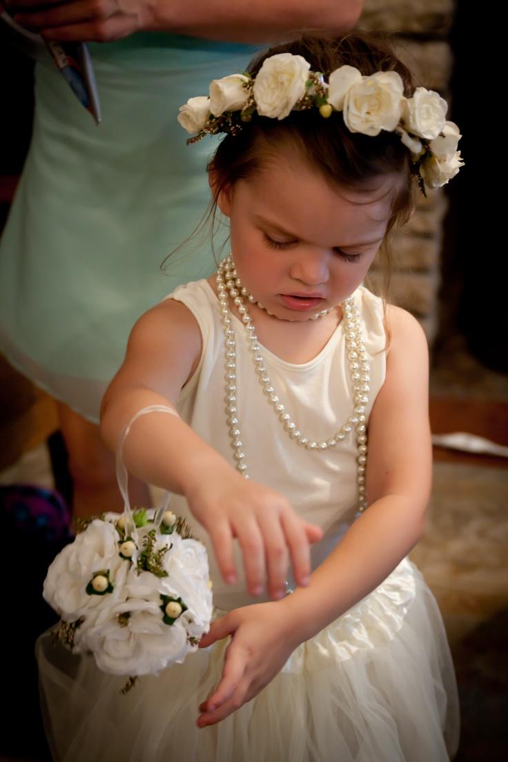 pomander bouquet, flower girls, rustic wedding, head flower wreath