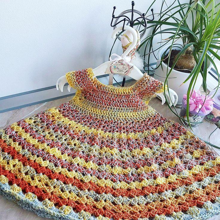 Rochița croșetată fetița 1 an  | Crosetate Bucuresti  Crocheted dress for a 1 year little girl  #crosetate #crosetatebucuresti #rochita #crocheted #crochet #crocheteddress #forkids #botez #ideecadou #handia #handiamade #handmade #crochetoftheday #crochetofinstagram #hainute