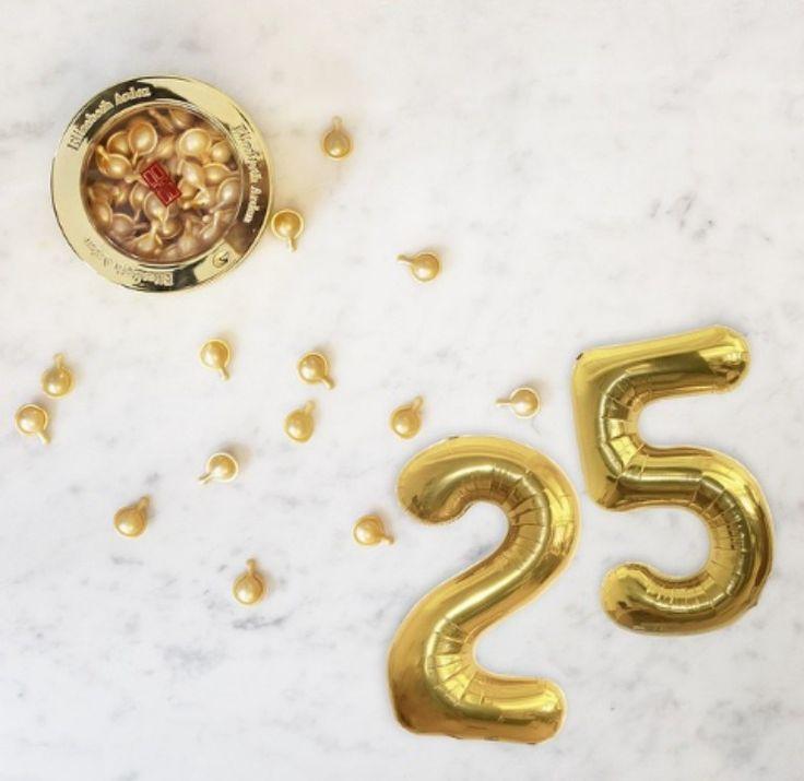 Feliz cumpleaños a nuestra veinteañera preferida! Sabías que #Ceramide hoy cumple un cuarto de siglo fortaleciendo la piel?? Brindamos por 25 años mas!!