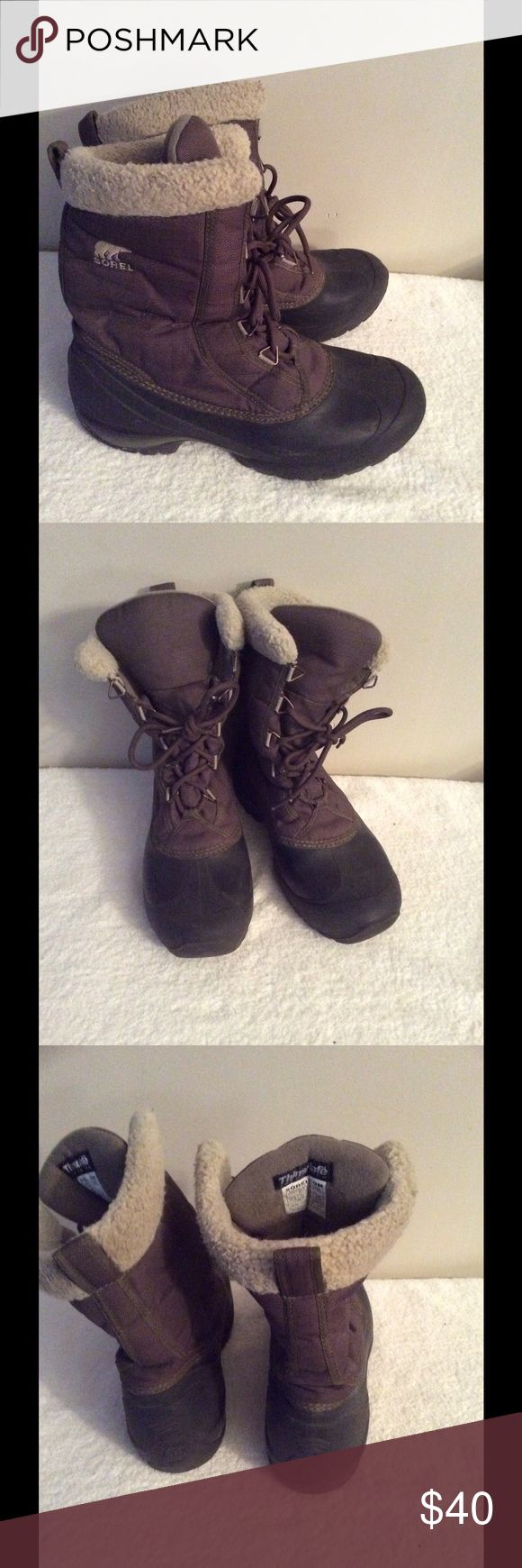 Sorel boots Preloved can use a mild cleaning otherwise good condition waterproof Sorel Shoes Winter & Rain Boots