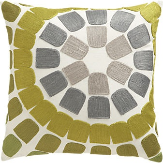HedgeEmbPillow16inF12: Living Rooms, Modern Patterns, Color Schemes, Hedges Embroidered, Embroidered Pillows, Throw Pillows, Decor Pillows, Rooms Color, Green Pillows