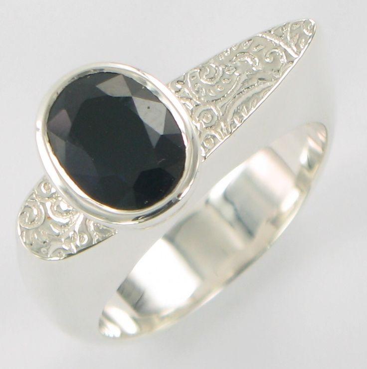 Blue sapphire pattern ring ss