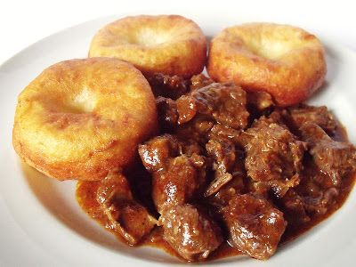 Citromhab: Vörösboros marhapörkölt krumplifánkkal