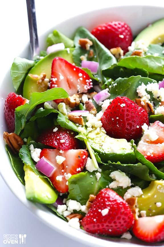 Strawberry Kale Salad -- made with baby kale, and overflowing with fresh berries and avocados! Dressing | Recipe | Healthy | Dinner