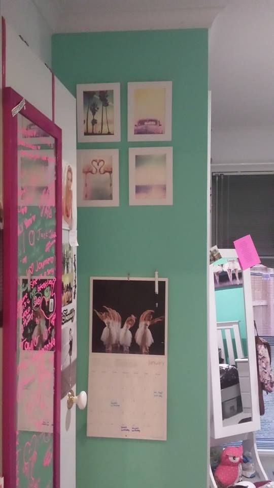 """Entry/Wardrobe """"feature wall"""""""