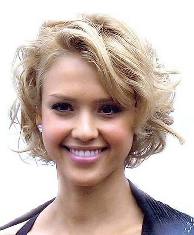 Short Haircuts For Women Jessica Alba Textured