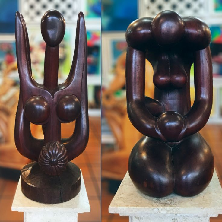 """Esculturas em Pau Brasil do artista Potiguá  Títulos: """"Rosa entre Espinhos"""" (73x27x27 cm) e """"Maternidade"""" (48x25x25 cm), respectivamente  Para visitar mais obras deste e de outros artistas, acesse http://fenixgaleria.com.br/ (link na bio) 🎨 #escultura #paubrasil #rosaentreespinhos #maternidade #fênixgaleriadearte #galeriafênix #fênix #galeriadearte #arte #art"""