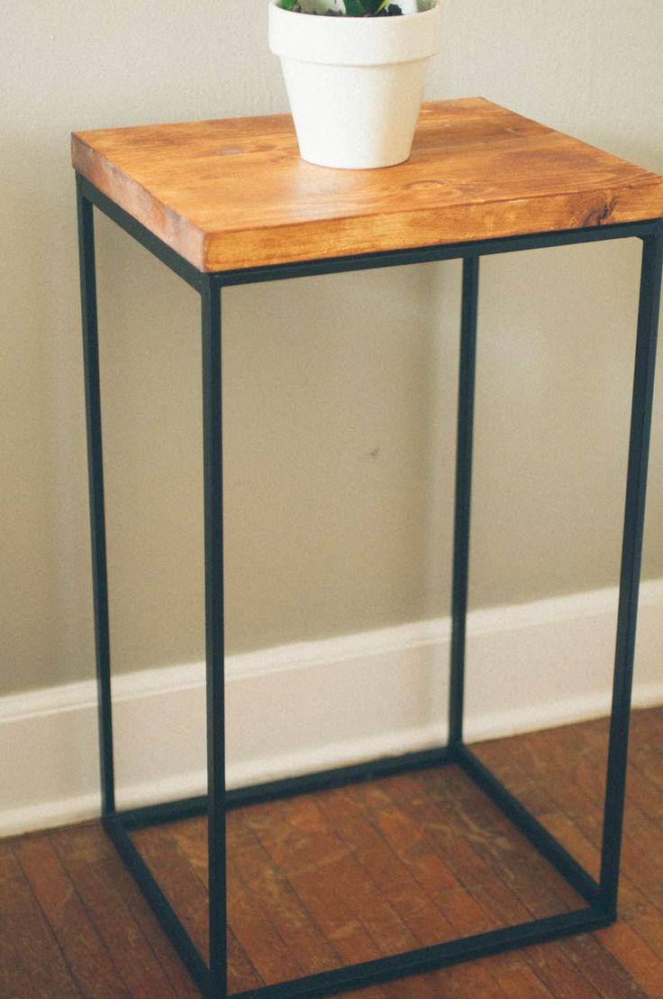 Love this- steel frame from IKEA´s laundry basket, Ställning från Ikeas tvättkorg
