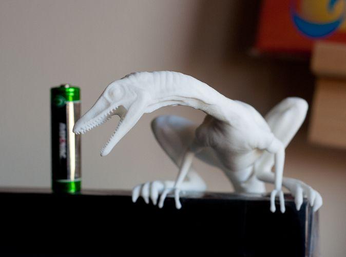 Compy dinosaur desktop figurine by vfxguy http://shpws.me/pmzZ