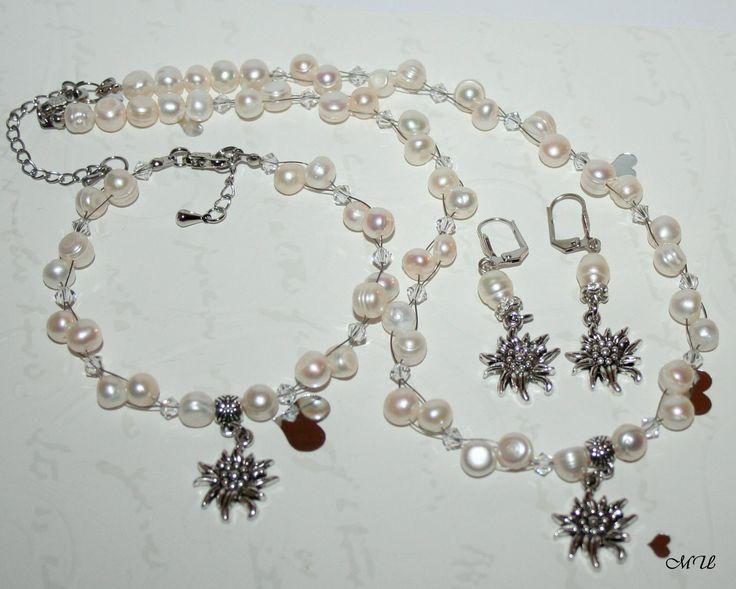 Schmuck-Perlen-Set mit Edelweiß 3-teilig, Halskette-Ohrringe-Armband von Edelweiss51 auf Etsy