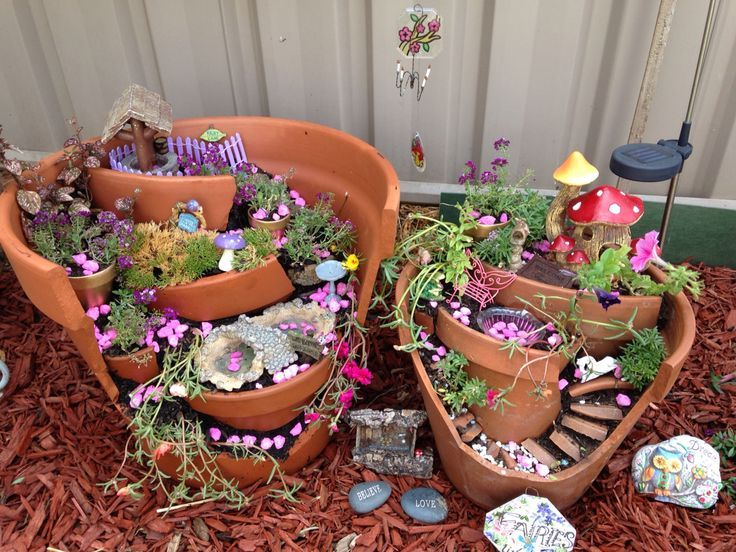 Resurrect a broken pot and turn it into a fabulous Fairy Garden for your backyard! You are going to love the amazing ideas we've included for you! Check out the Terrariums too.