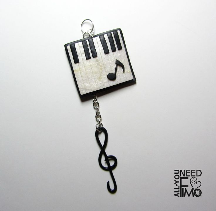 Fimo charm for necklace or keyring for music addicted, now in my Etsy shop!  AlittleMarket: https://www.alittlemarket.it/ciondoli/it_ciondolo_pianoforte_ciondolo_chiave_di_violino_ciondolo_musica_ciondolo_collana_ciondolo_portachiavi_ciondolo_fimo_gioielli_musica_-20231443.html #fimo #polymerclay #handmade #charm #pendant #ciondolo #collana #portachiavi #keyring #keychain #necklace #gioielli #jewelry #musica #music #piano #pianoforte #keyboard #testiera #chiavediviolino #chiavedisol #gkey…