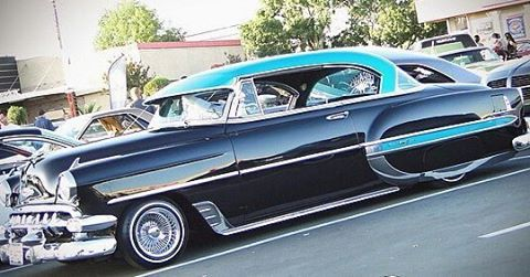 Comment and tag us 📷📸 😝  #lowrider #lowriders #rockabilly #echopark #impala #gangsta #eastla #fleetline #lowridercars #chrome #carshow #lowriding #classics #dtla #classiccars #lowandslow #customcar #lowriderbike #chicano #cruise #cruising #oldies #oldschool #bagged #hotrod #pinup #whittierblvd #greaser #lowridertruck #elysianpark