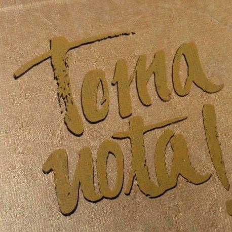 Toma Nota! Libreta de apuntes hecha a mano con encuadernación japonesa y serigrafía.