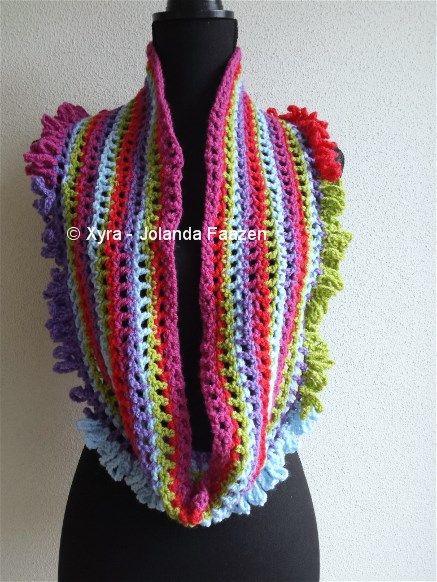 #Xyra #PATR1013 #damessjaal #dames #sjaal #haakpatroon #patroon #haken #gehaakt #crochet #pattern #scarf #shawl #DIY #recht #colsjaal #cowlscarf #col #cowl