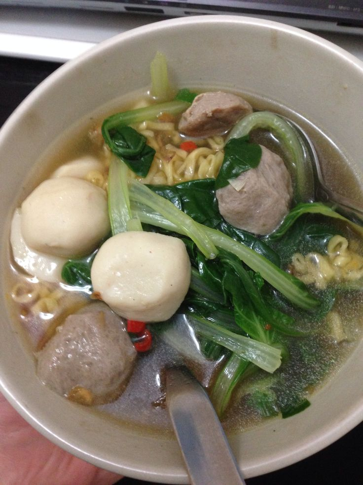 Mie Baso or Meat Ball Noodles, Indonesian style. Yum...