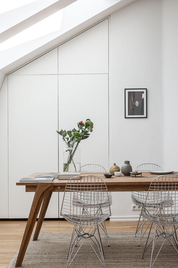 Esszimmer Modern Schlicht Einrichten Eames Wire Sthle Essplatz Esstisch  Holz Deko Wohnen Einrichten Dekorieren Interior.