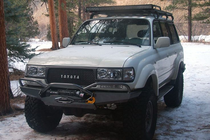 White 80 With Grill Skid Plate And Clear Turn Signal