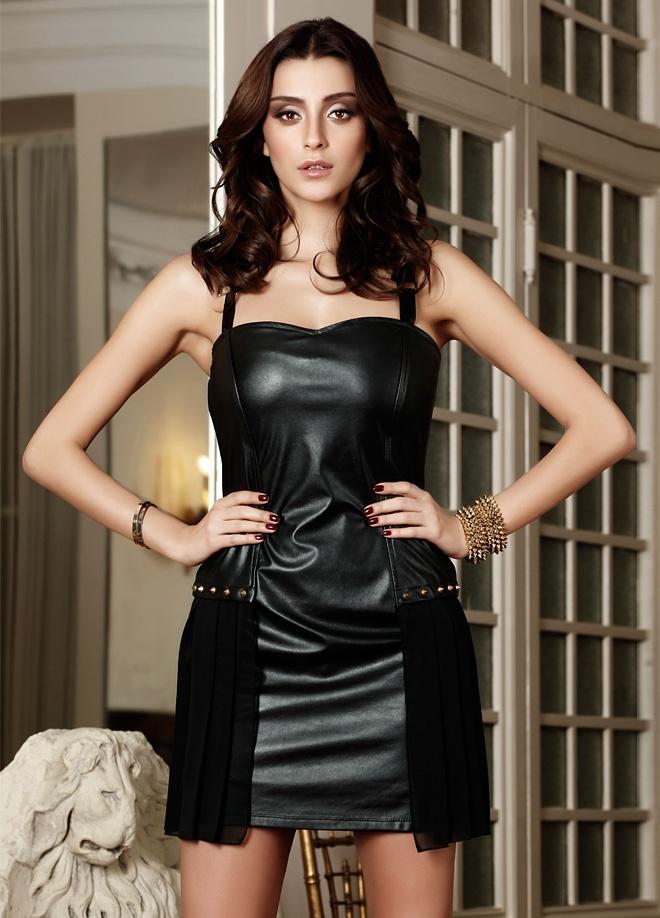 EXPLOSION Elbise Markafoni'de 99,75 TL yerine 39,99 TL! Satın almak için: http://www.markafoni.com/product/3368634/