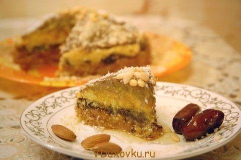 """Вегетарианские и сыроедческие рецепты: Сыроедческий торт """"Миндально-финиковая радость"""""""
