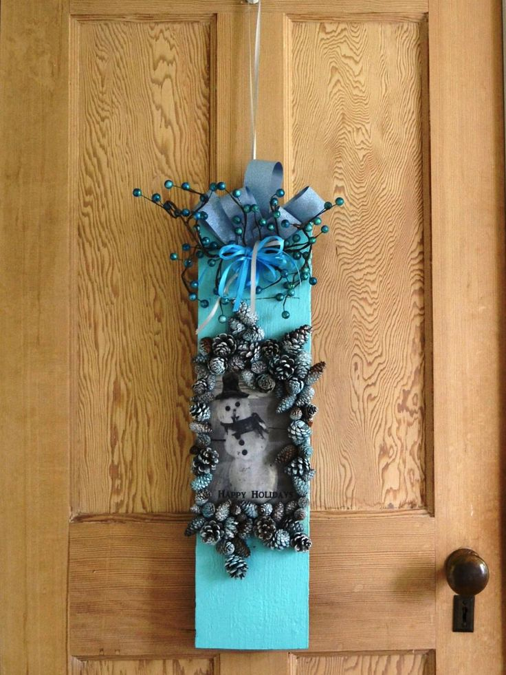 304 best diy diy network stuff images on pinterest diy network celebrate the holiday season with an adorable snowman wreath a wooden board painted in solutioingenieria Image collections