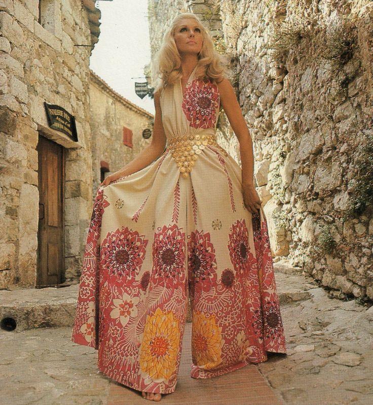70s culotte dress. 1970s fashion