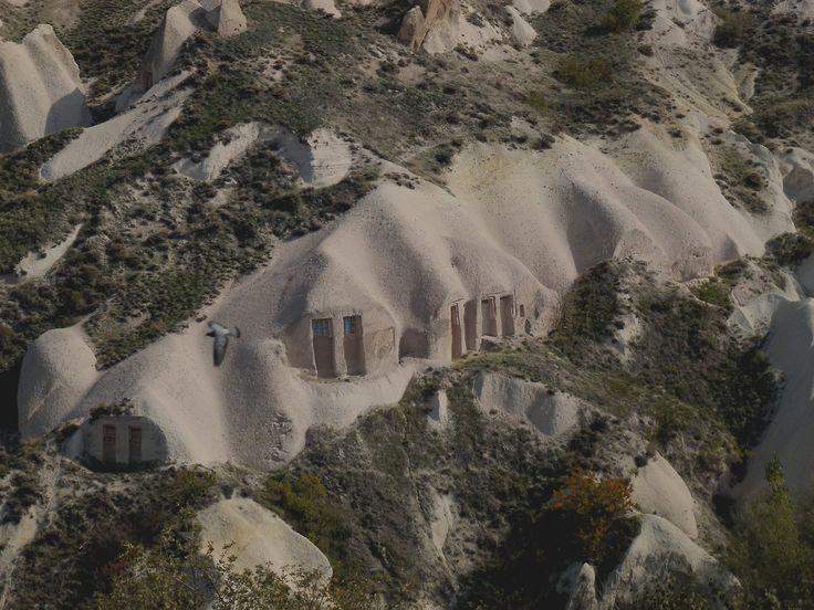 Turkey - Strange houses in Cappadocia (photo by Carla Iaconetti)
