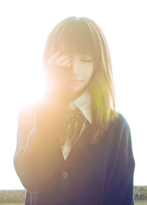 Pretty japanese girl. Great light, great pic.