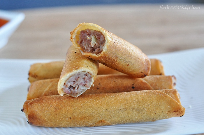Lumpia - Filipino spring rolls. | WTF! {Where's The Food!} | Pinterest