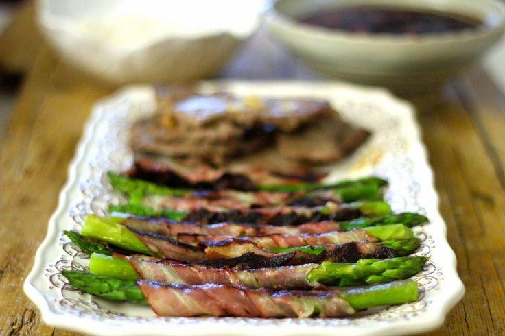 As Minhas Receitas: Bifinhos com Manteiga e Alho, Espargos com Bacon e Feijão Preto