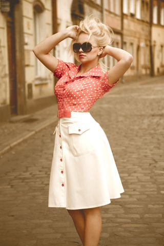 modern day pin up. I need this for summer!