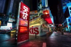 Why pay full price for theater? Cheap Broadway tickets and cheap Off Broadway tickets are easy to find nowadays.
