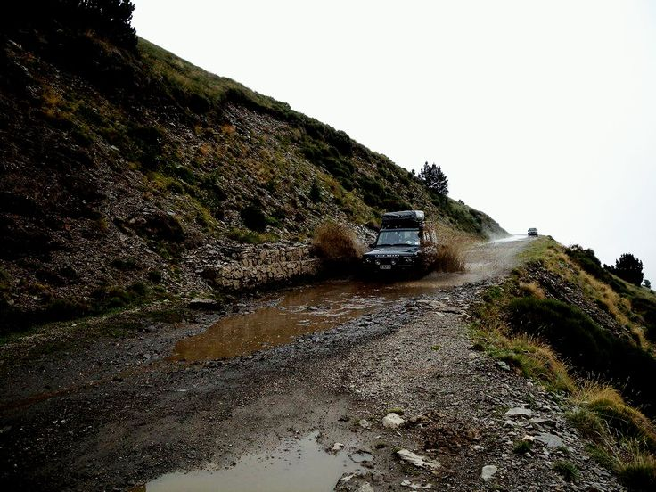 8° PIRENEI CROSSING 4X4 dal 07/06/2017 al 15/06/2017  Vi ricordiamo la possibilità di godervi il viaggio come passeggeri sui veicoli dell'Organizzazione.  PER MAGGIORI INFO: http://desartica.com/viaggi-4x4/item/312-8-pirenei-crossing-4x4   #pirenei #spain #world #travels #travel #nature #offroad #fuoristrada #4x4 #visiting #tour #green #wild #freedom