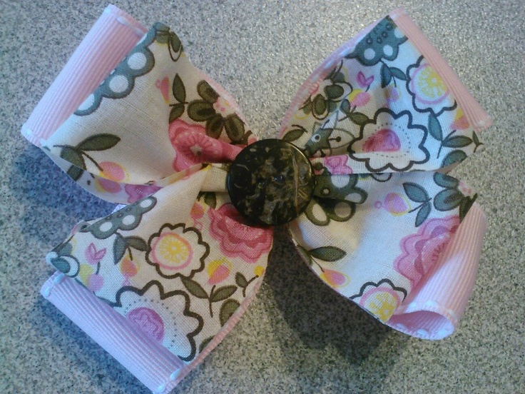 Korean fabric ribbon bow(ribbon is actually from south korea) $8  https://www.facebook.com/pages/Tutu-Cute/171729329580274