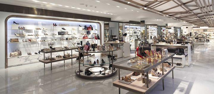 Inspiring-Retail- Stores-Design- 2014-Harrods-ladies-shoe-salon-by-Shed-London-02