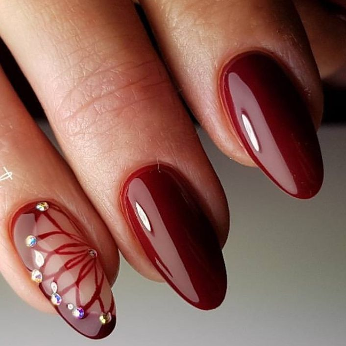 Red shiny diamond nails