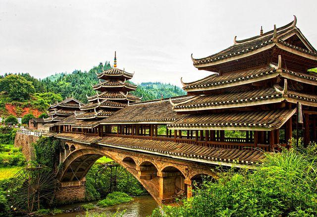 Chengyang Bridge by Julie Vagts, via Flickr