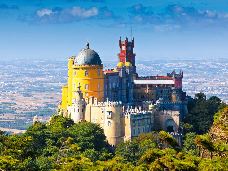Pena Castle This romantic palace is one of the Seven Wonders of Portugal, containing a mixture of a number of architectural styles including eclectic, neo-gothic, neo-manueline, Islamic and neo-renaissance. It sits on a hilltop overlooking the town of Sintra, and is considered one of the best expressions of 19th century romanticism in the world.