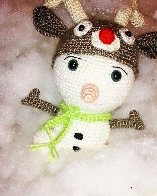 Muñeco de nieve amigurumi