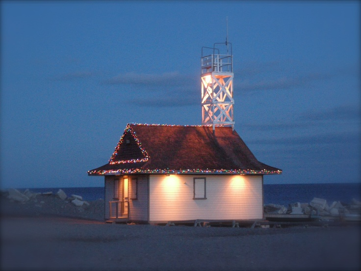 Life Guard Station at Christmas- Beaches, Toronto