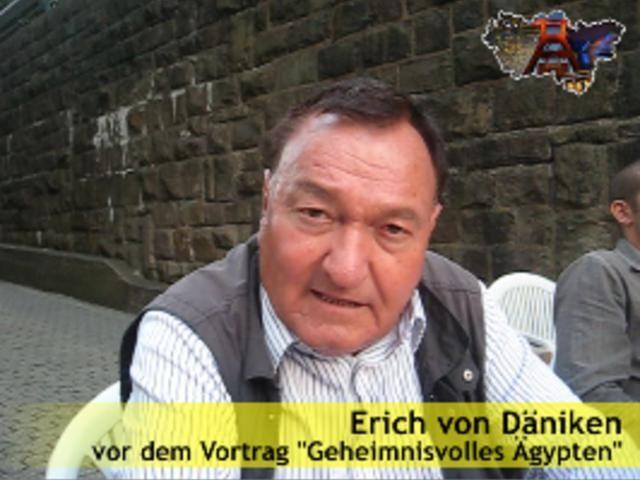 Resultado de imagen para Erich von Däniken pakal astronaut