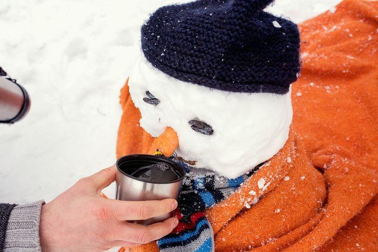 winter family time, winter kids, winter family photos, winter photo shooting, winter photos with kids, kids of winter, family photos, funny snowman, snowman fun,