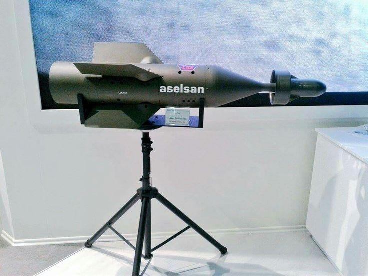 #Aselsan'ın geliştirdiği Hassas Güdüm Kiti 1 tonluk düz Mk-84 bombalarını akıllı, nokta atışı yapabilecek güdümlü bombalara dönüştürüyor.