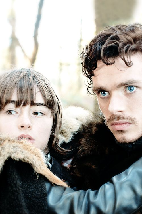 gameofthronesdaily:  Bran & Robb Stark | Season 1 Game of Thrones