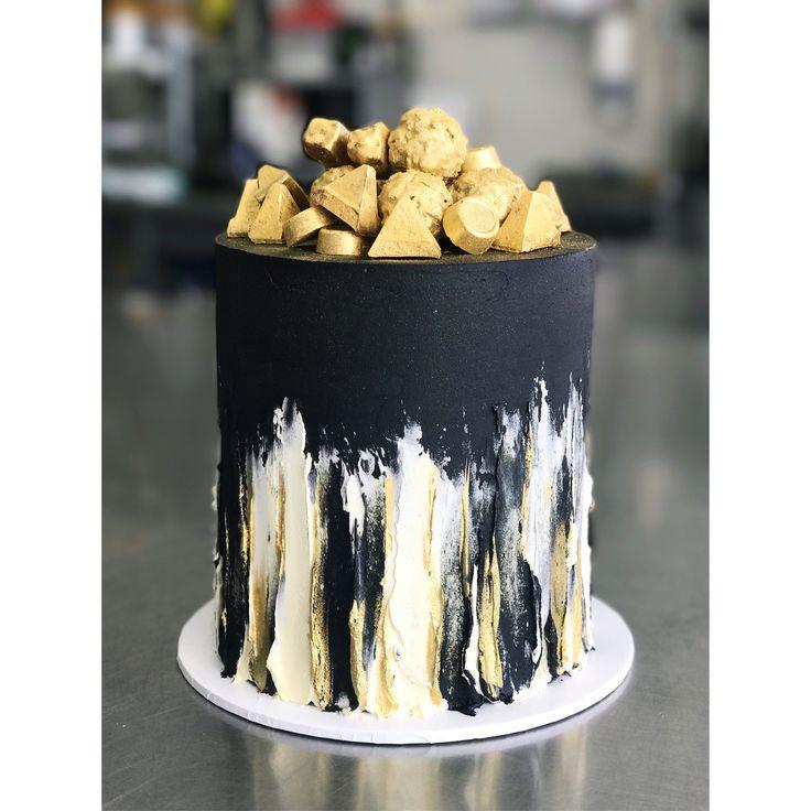 Gâteau noir et or   – Kaker