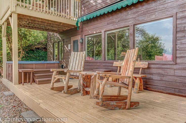 Mountain Perch Cabin Rental near Pigeon 3 Bedroom